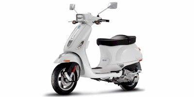 2009-s-150-novi-vespa-skuter