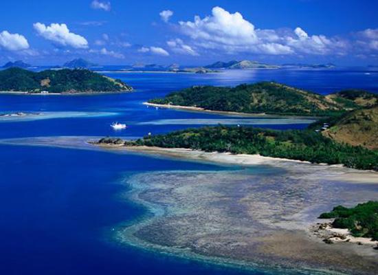 3-mamanuca-archipelago-fiji