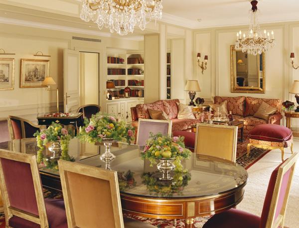 5-hotel-plaza-athenee-paris