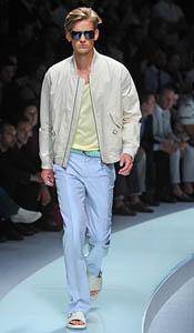 versace-odjeca-za-proljece-2009-1