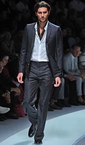 versace-odjeca-za-proljece-2009
