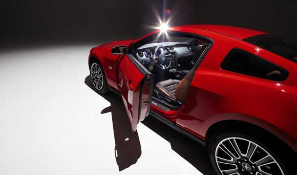 2010-ford-mustang-2