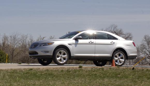 2010-ford-taurus-sho-1