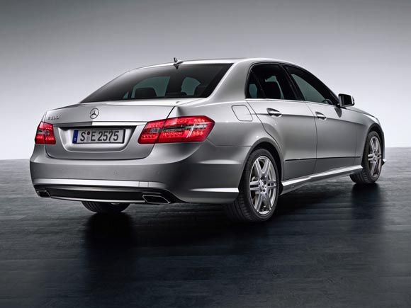 2010-mercedes-benz-e-class-sedan-2