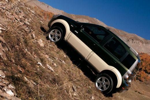 2011-jeep-phoenix-4