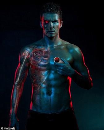 David Beckham na reklami za Aura Motorolu