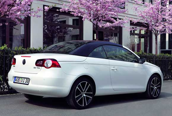 vw-eos-white-night-3