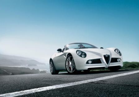 Alfa Romeo 8C Spider-1
