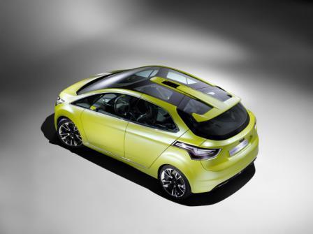 auto-ford-iosis-max-koncept-5