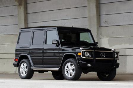 Auto Mercedes-Benz G550-1