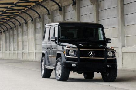 Auto Mercedes-Benz G550-4