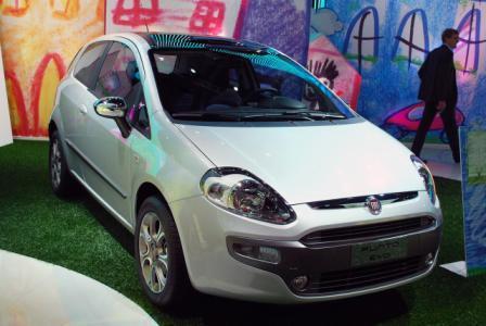 Auto Fiat Punto Evo – Novi Fiat Punto-1