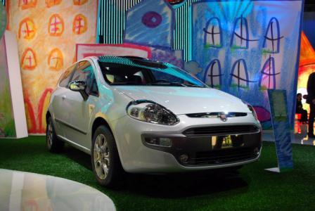 Auto Fiat Punto Evo – Novi Fiat Punto-2
