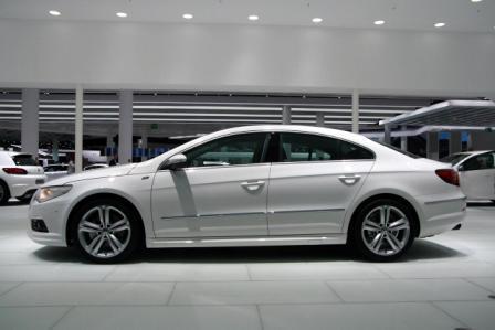 Auto Volkswagen CC R – novi Volkswagen CC R-2