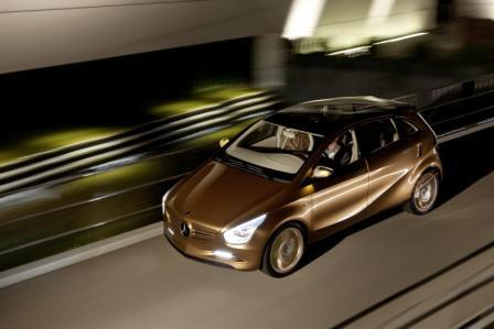 Mercedes-Benz hibridni auto-2