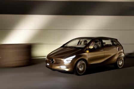 Mercedes-Benz hibridni auto-3