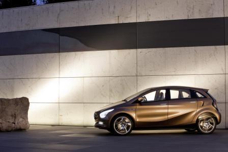 Mercedes-Benz hibridni auto-4
