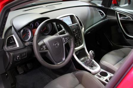 Nova Opel Astra-5