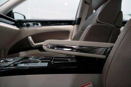 2010 Volkswagen Phaeton -5