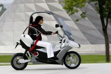 BMW elektricni skuter-2