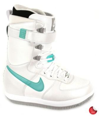 Nike cizme za snowboard -1