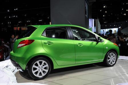 Nova Mazda2 -auto Mazda2-3