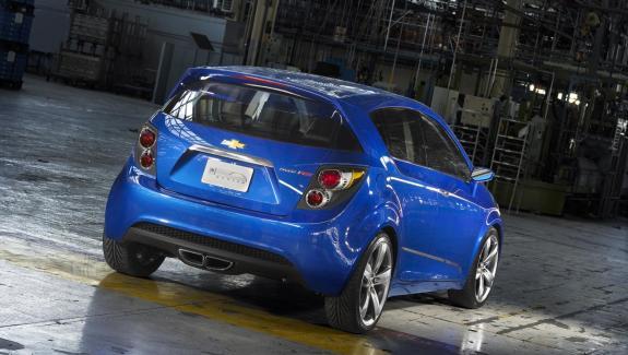 Auto Chevrolet Aveo-3