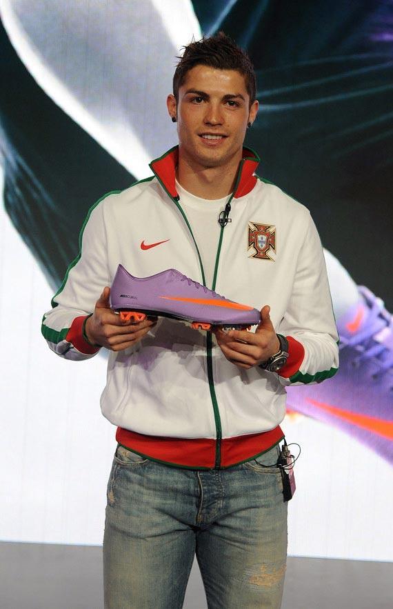 Cristiano Ronaldo predstavio Nike tenisice-2