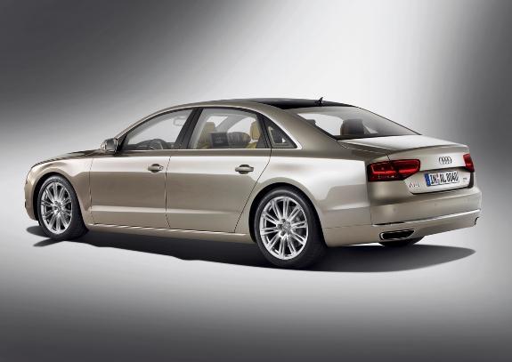Audi A8 L-2