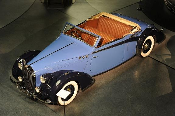 Otvoren veliki muzej automobila -6