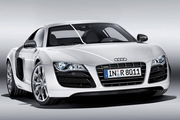 Audi-R8-_600-600x400
