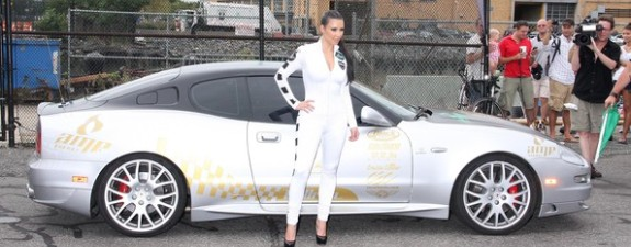Kim Kardashian na auto utrkama