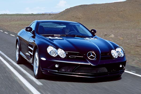 Mercedes-Benz-SLR-McLaren-hardtop-_600-600x400