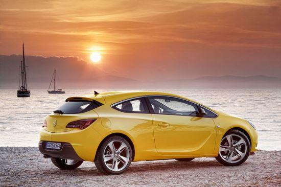 Nova Opel Astra GTC_6
