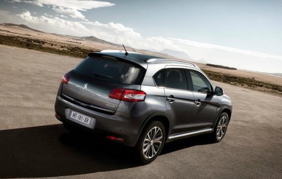 Peugeot_4008_8