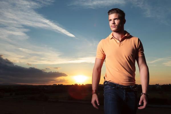 Kako nositi mušku polo majicu kroz svako godišnje doba?