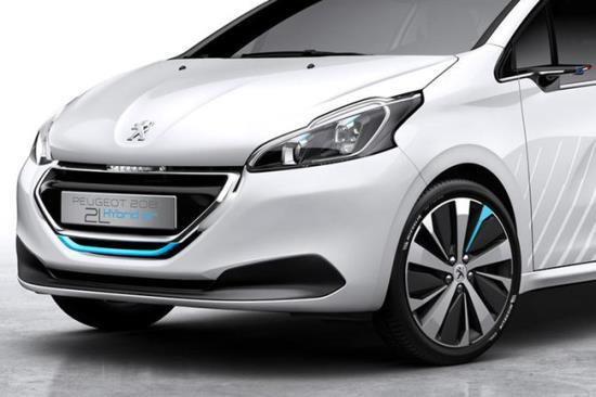 Novi_Peugeot_208_2