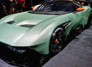 Aston Martin V12 Vulcan Hypercar