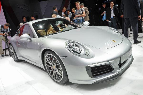 Porsche 911 Carrera-2016-4