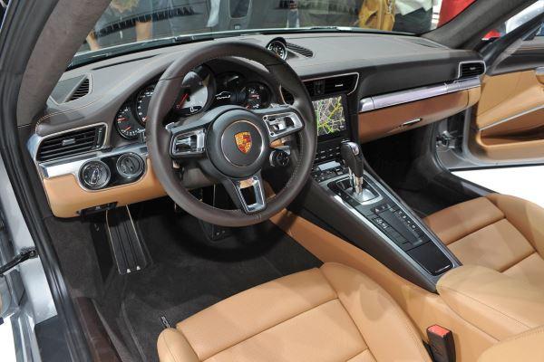 Porsche 911 Carrera-2016-5