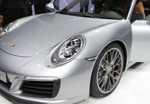 Porsche 911 Carrera-2016-f
