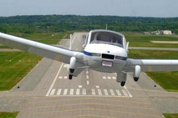Top 10 pokušaja da se napravi leteći automobil