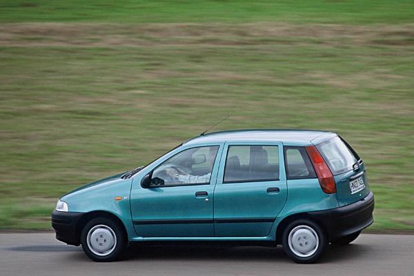Auti koji su desetljećima stari, a još uvijek ih vozimo