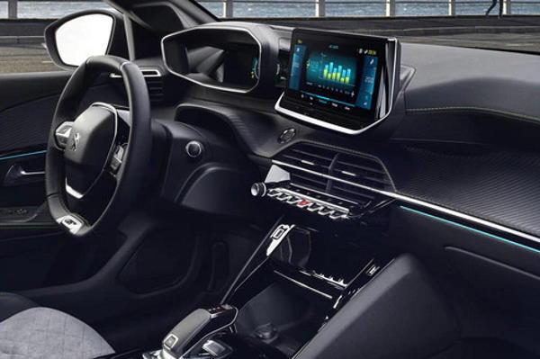 PEUGEOT e-208 - električni automobil